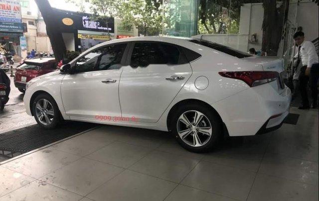 Bán xe Hyundai Accent sản xuất năm 2019, màu trắng1