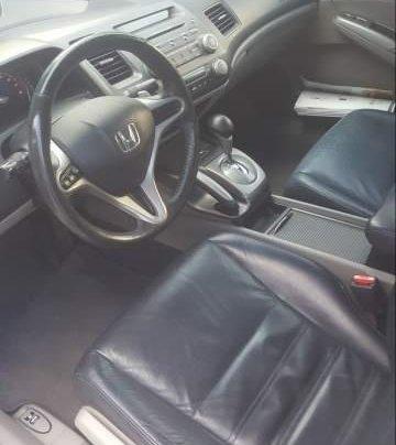 Bán Honda Civic 2.0 Limited Edition năm 2010, màu trắng chính chủ3