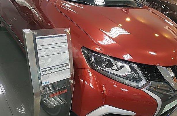 Bán ô tô Nissan X trail V Series 2.0 SL 2WD đời 2019, màu đỏ, mới 100%1