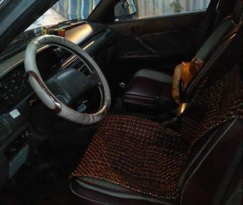 Bán chiếc xe Toyota Camry 1988, xe đẹp, đăng kiểm mới xét, máy móc êm ru, chạy đầm 140km/h4