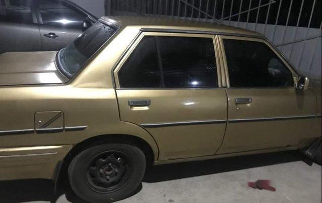 Cần bán lại xe Toyota Corolla 1981, màu vàng, máy êm không đâm đụng5