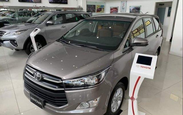 Bán Toyota Innova 2.0E MT năm 2019, xe mới 100%0