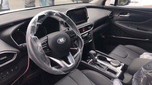 Bán Hyundai Santa Fe 2.4 AT năm sản xuất 2019, màu trắng 3