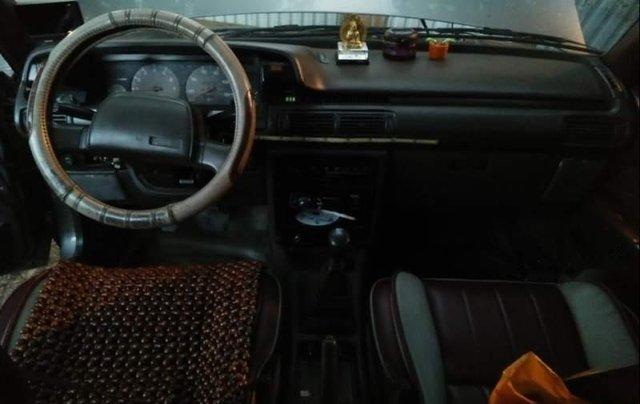 Bán chiếc xe Toyota Camry 1988, xe đẹp, đăng kiểm mới xét, máy móc êm ru, chạy đầm 140km/h2