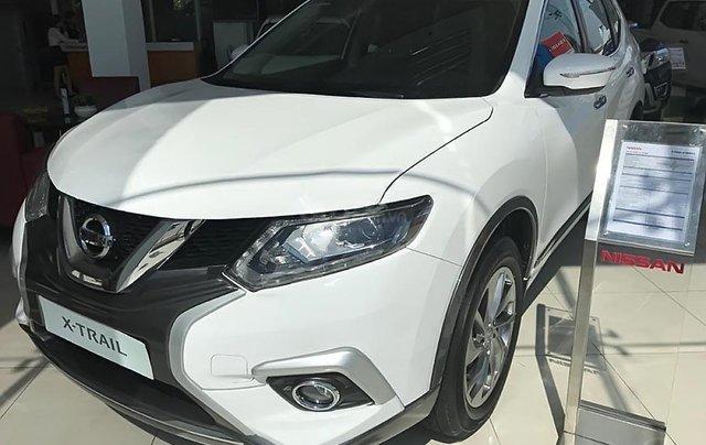 Bán xe Nissan X trail V Series 2.0 SL Premium đời 2018, màu trắng, giá tốt0
