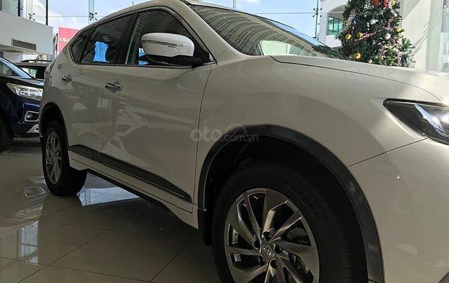 Bán xe Nissan X trail V Series 2.0 SL Premium đời 2018, màu trắng, giá tốt4