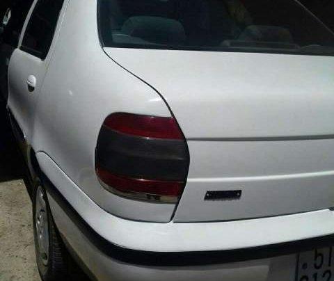 Cần bán Fiat Siena đời 2003, màu trắng, nhập khẩu nguyên chiếc, giá chỉ 79 triệu0