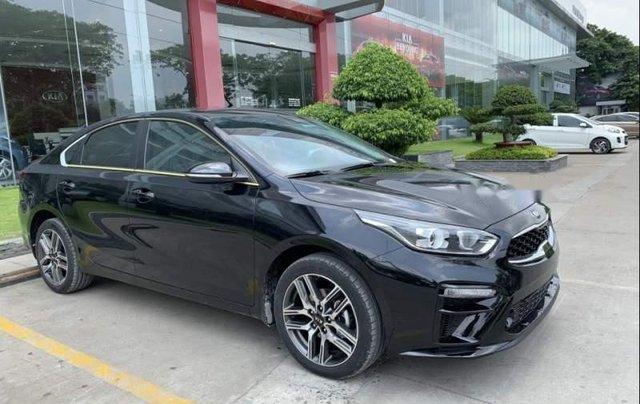 Bán ô tô Kia Cerato sản xuất 2019, màu đen0