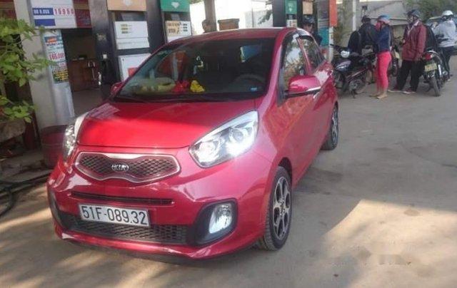 Gia đình bán gấp xe Kia Morning màu đỏ, biển SG, đời 2015, số tự động0