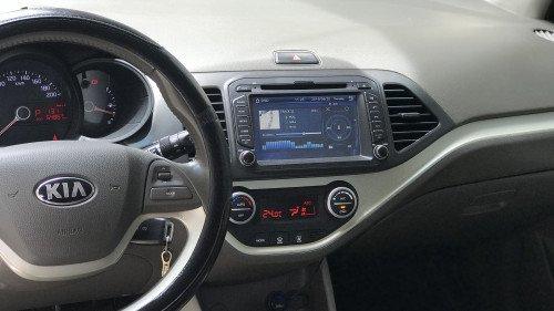 Gia đình bán xe Kia Morning Si 1.25 AT năm 2015, màu trắng3