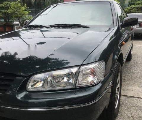 Cần bán gấp Toyota Camry đời 1998, nhập khẩu nguyên chiếc chính chủ, 235 triệu2