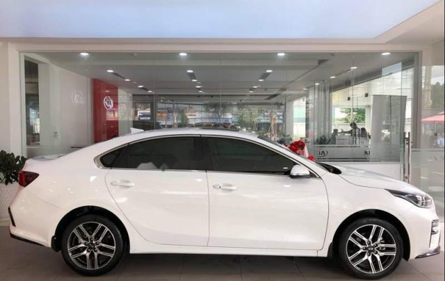 Bán Kia Cerato Deluxe 1.6AT màu trắng 20194