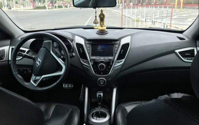 Cần bán gấp Hyundai Veloster 1.6 AT, xe nhập Hàn quốc, xe nữ sử dụng còn rất mới5
