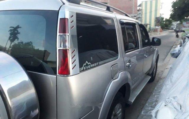 Cần bá xe Ford Everest 2008, xe gia đình kết hợp chạy dịch vụ hợp đồng5