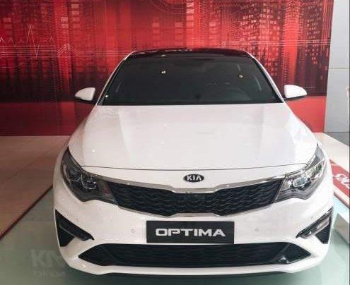 Cần bán Kia Optima 2.4 2019, màu trắng1