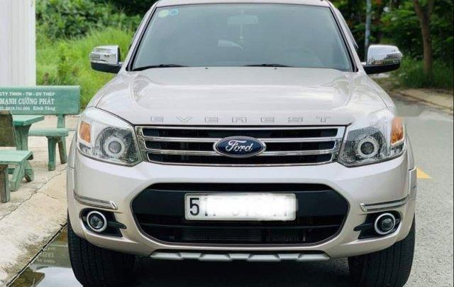 Cần bán lại xe Ford Everest Limited 2014, màu hồng, Đk 20152