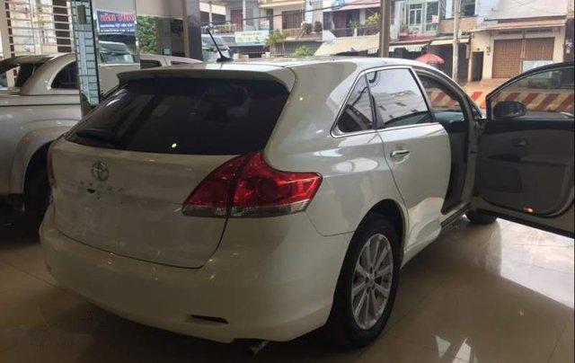 Bán xe Venza màu trắng đời 2010, xe đẹp1