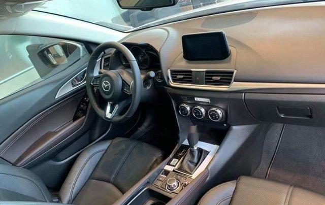 Bán Mazda 3 1.5L SD 2019, màu trắng, động cơ Skyactiv mạnh mẽ và tiết kiệm nhiên liệu3