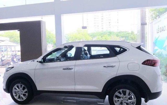 Bán Hyundai Tucson 2.0 MPI 2WD đời 2019, xe giao ngay0