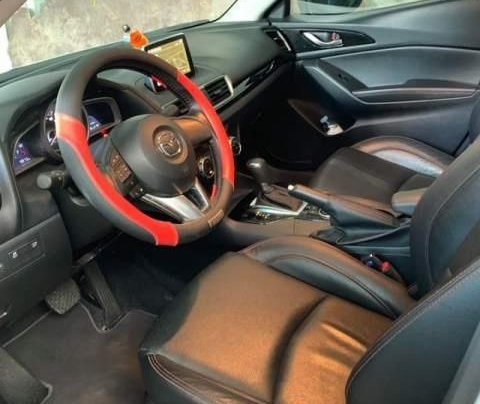 Bán Mazda 3 1.5AT đời 2017, màu trắng, 1 đời chủ2