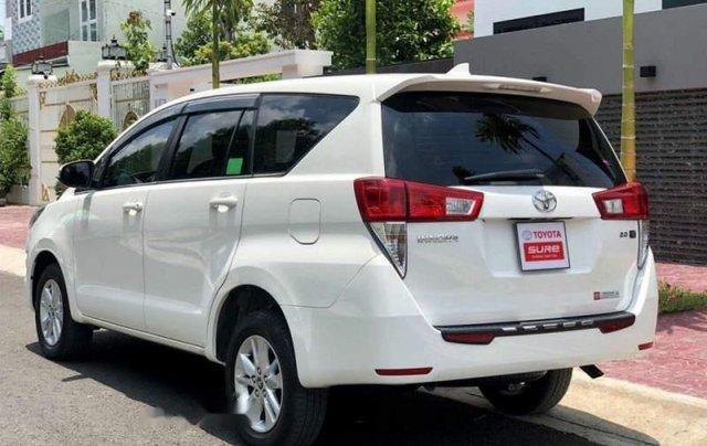 Bán xe Toyota Innova sản xuất năm 2019, màu trắng2