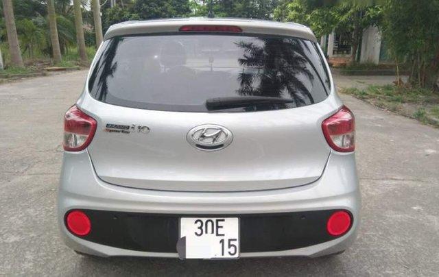 Cần bán Hyundai Grand i10 MT đời 2017, màu bạc, nhập khẩu, xe gia đình sử dụng từ mới1