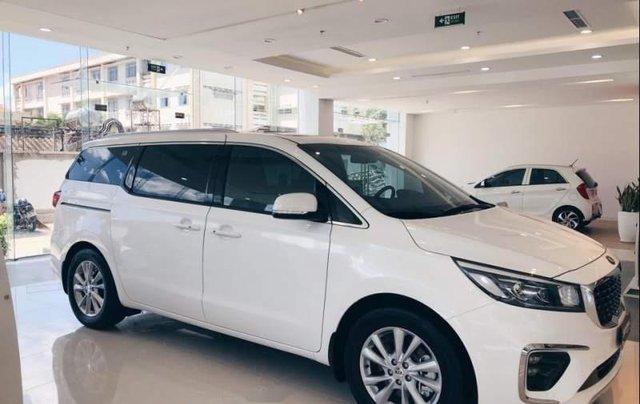 Cần bán Kia Sedona Platinum D sản xuất 2019, màu trắng0
