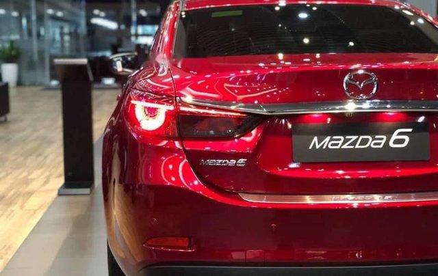 Bán ô tô Mazda 6 năm sản xuất 2019, màu đỏ, ưu đãi tiền mặt lên đến 30tr4
