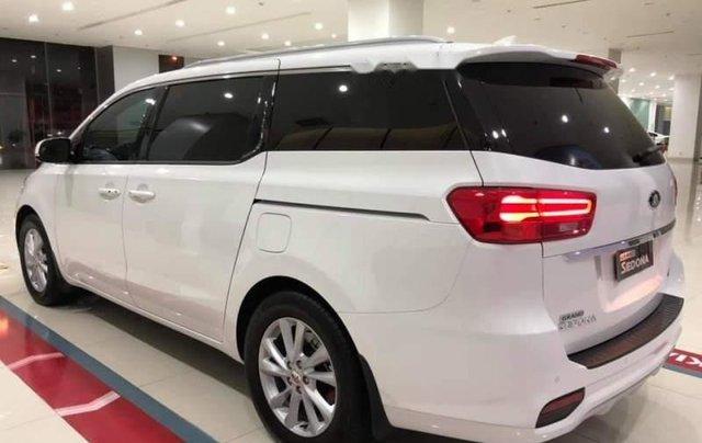 Cần bán Kia Sedona Deluxe đời 2019, màu trắng4