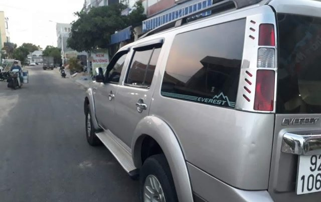 Cần bá xe Ford Everest 2008, xe gia đình kết hợp chạy dịch vụ hợp đồng1