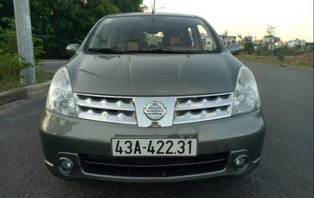 Cần bán gấp Nissan Grand Livina đời 2010, nhập khẩu, xe còn mới3