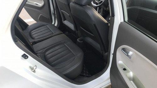 Gia đình bán xe Kia Morning Si 1.25 AT năm 2015, màu trắng4