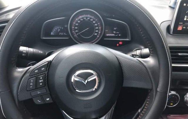Bán Mazda 3 đời 2017 màu đen, xe mới 95%3