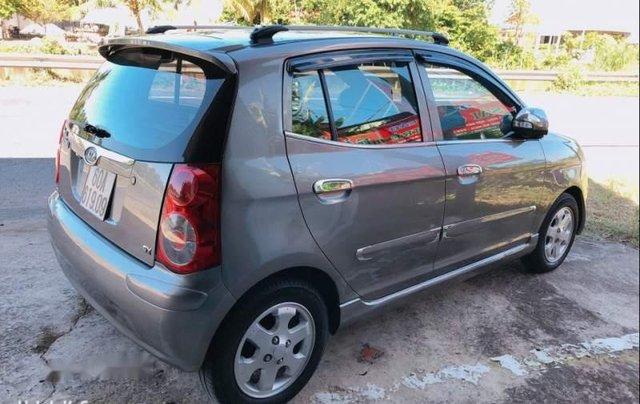 Cần bán chiếc Kia Morning 2010 số tự động, xe gia đình4