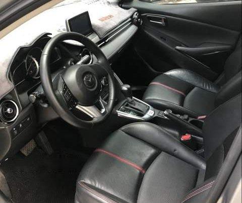 Bán xe Mazda 2 sản xuất 2015, màu xám, xe đi giữ gìn cẩn thận3