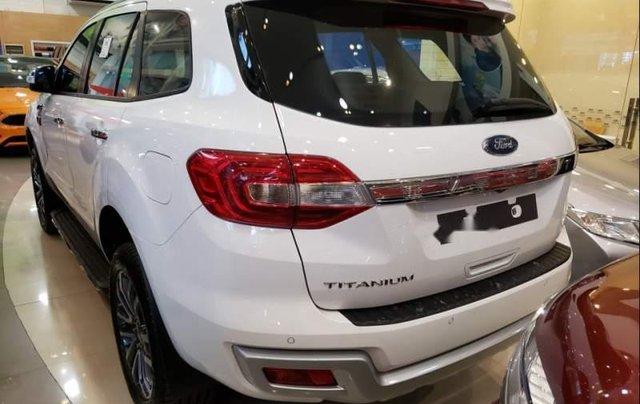 Bán xe Ford Everest Titanium 2019, nhập khẩu nguyên chiếc, có xe giao ngay3