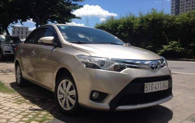 Bán Toyota Vios sản xuất năm 2017, chạy rất kỹ và sạch sẽ