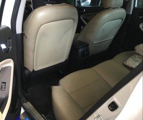Cần bán gấp Kia Cerato năm 2017, màu trắng, xe mới nguyên không trầy xước2