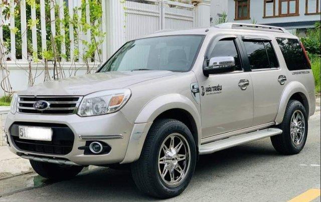 Cần bán lại xe Ford Everest Limited 2014, màu hồng, Đk 20150