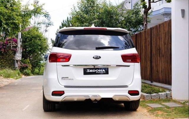 Cần bán Kia Sedona Deluxe đời 2019, màu trắng1