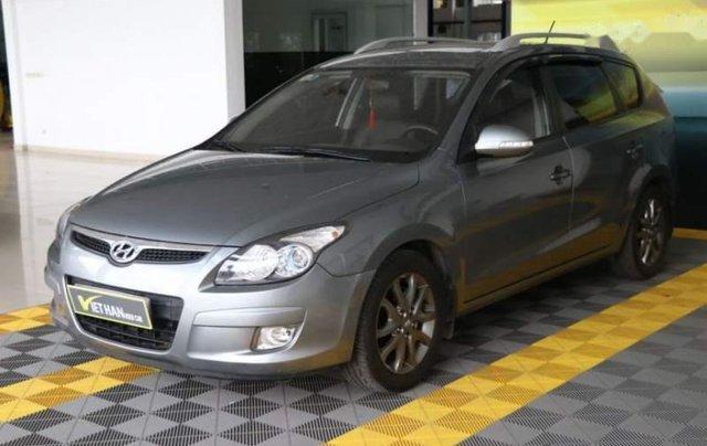 Bán Hyundai i30 CW 1.6AT sản xuất 2010, màu xám, xe nhập0