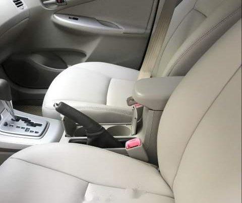 Bán Toyota Corolla đời 2009, màu đen, rất ít trầy xước5