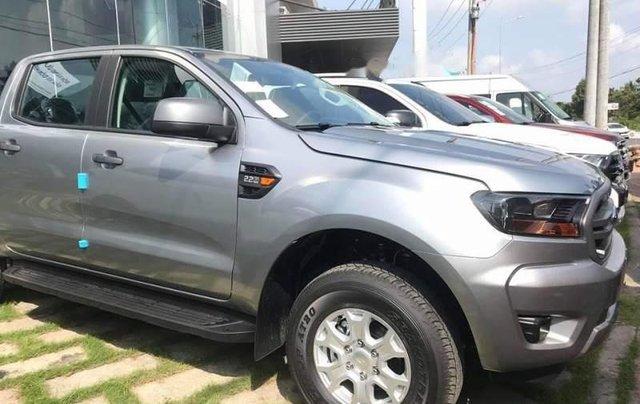Cần bán chiếc Ford Ranger XLS 2.2L 4x2 MT đời 2019, xe có sẵn, giao xe toàn quốc0