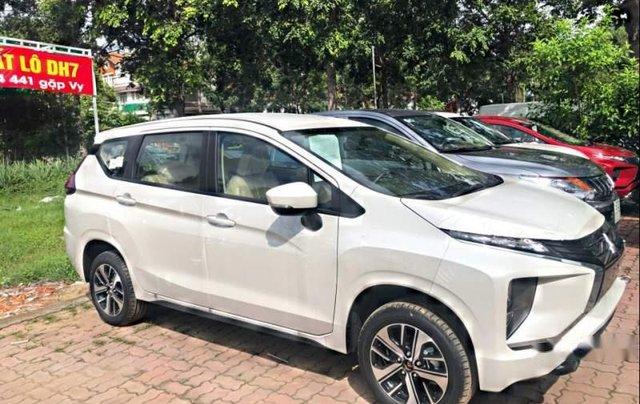 Cần bán Mitsubishi Xpander năm 2019, màu trắng, nhập khẩu1