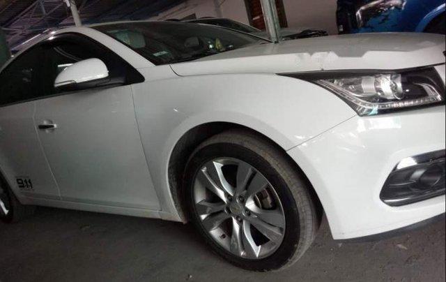 Bán xe Chevrolet Cruze, màu trắng, 2017, xe đẹp, chính chủ