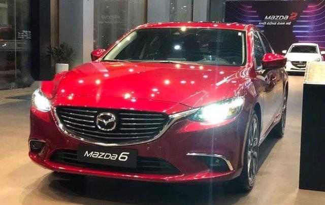 Bán ô tô Mazda 6 năm sản xuất 2019, màu đỏ, ưu đãi tiền mặt lên đến 30tr0