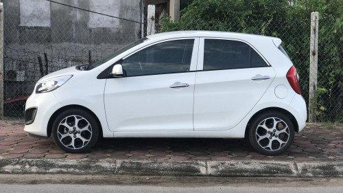 Gia đình bán xe Kia Morning Si 1.25 AT năm 2015, màu trắng2