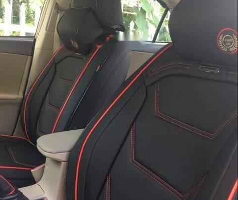 Cần bán gấp Toyota Corolla Altis đời 2013, đăng ký 2014, số sàn, máy zin2