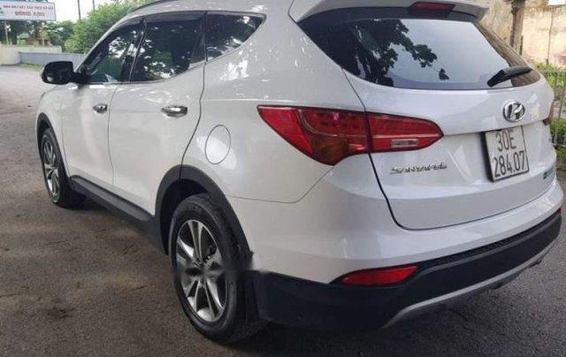 Cần bán Hyundai Santa Fe 2.2 máy dầu, màu trắng Sx 2015, xe tư nhân chính chủ2