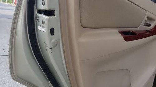 Bán xe Toyota Innova G 2006, màu bạc7